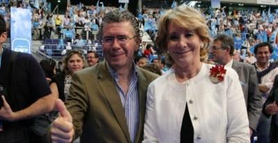Francisco Granados y Esperanza Aguirre, juntos, en un acto del PP. Archivo EFE