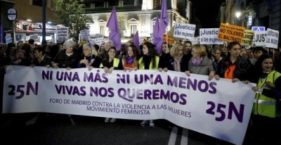 Cabecera de la marcha del 25N de Madrid   EFE