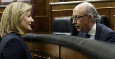 Los ministros de Empleo y de Hacienda, Fátima Báñez y Cristóbal Montoro.