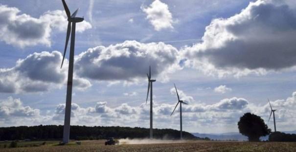 Parque de molinos de viento para energía eólica. EFE
