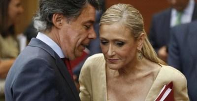 Cristina Cifuentes, presidenta de la Comunidad de Madrid, junto a Ignacio González. EFE