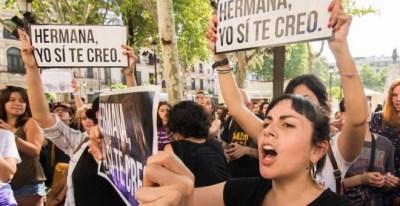 Protestas en Sevilla contra la sentencia de 'La Manada' / EFE
