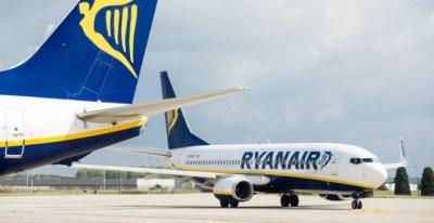 El acuerdo entre Ryanair y Sepla se produce después de las huelgas por parte de pilotos y tripulantes de cabina en varios países europeos - EFE