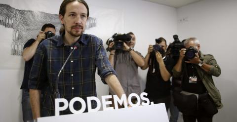 El secretario general de Podemos, Pablo Iglesias, comparece en rueda de prensa para analizar la situación tras las elecciones del 24-M. EFE/Paco Campos
