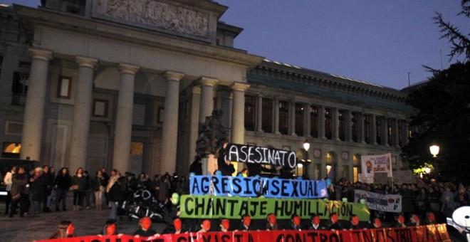 Pancartas contra la violencia machista durante el 7-N / EFE