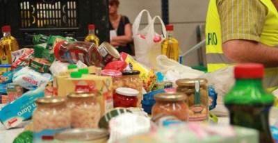 Alimentos recogidos en un banco de alimentos. BANCO DE ALIMENTOS