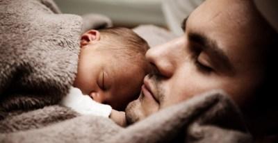 Los padres disfrutarán de cuatro semanas de permiso a partir del 1 de enero.