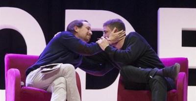 Pablo Iglesias y Albano Dante, durante el acto. EFE/Marta Pérez