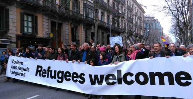 Manifestants en solidaritat amb refugiats