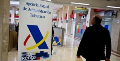 Imagen de la delegación de la Agencia Tributaria en Guzmán el Bueno, en Madrid / EFE