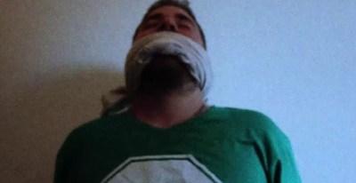 Fotograma del vídeo de Resistencia Films sobre la situación de Alex García