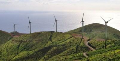 Parque eólico en Gorona, El Hierro. EFE