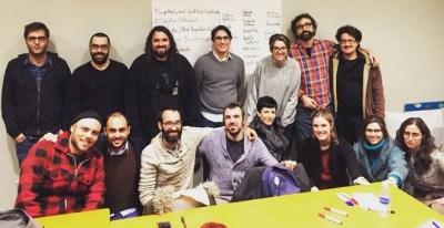 Investigadores españoles en Estados Unidos, junto a otros compañeros que no firman el manifiesto.