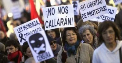 Manifestación contra la Ley Mordaza convocada por las Marchas por la Dignidad. EFE/Archivo