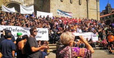 Más de 200 trabajadores de medios públicos gallegos se movilizan en Santiago para pedir el 'fin de la manipulación'./EUROPA PRESS