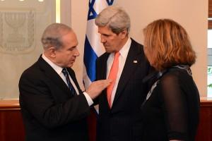 Secretary of State John Kerry visit to Israel May 23-24, 2013 with Benjamin Netanyahu and Tsipi Livni © U.S. Embassy Tel Aviv