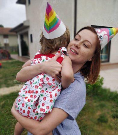 Фанаты ждали два года Юлия Савичева решилась показать дочку