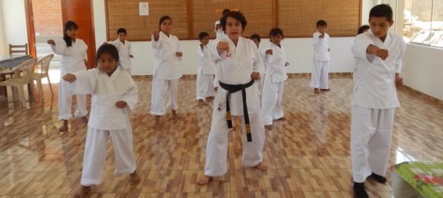 Karateunterricht März 2015 2