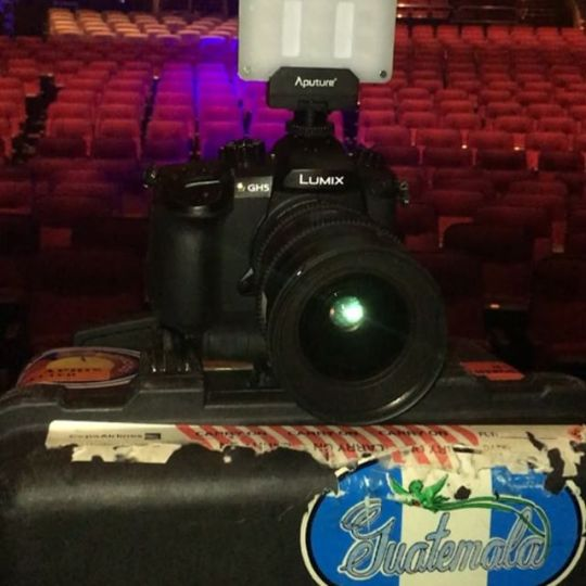 Yesterday gear for the job. Foxwoods Theater. @aputuretech @puertoricounder @letusdotheworkforyou @luiscarmona