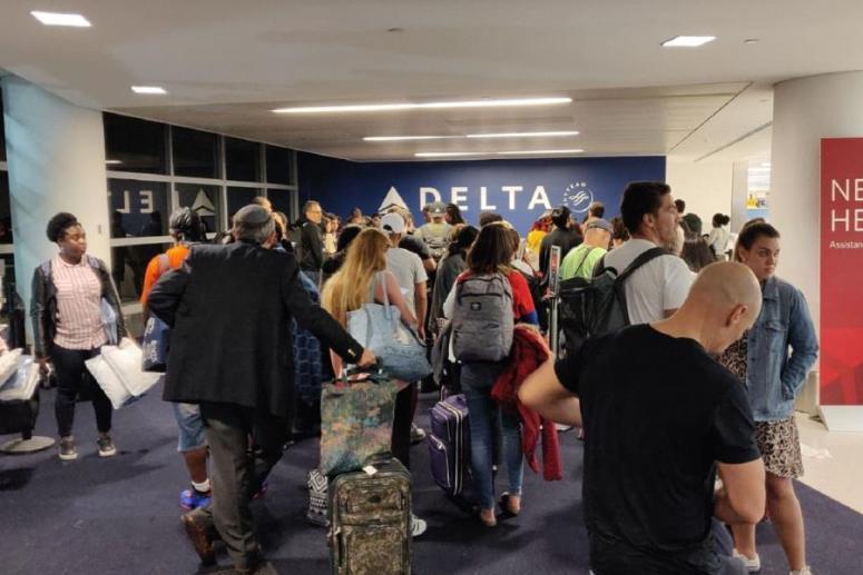 Delta Air Lines atrasa vuelo de Nueva York a Puerto Rico por una tormenta