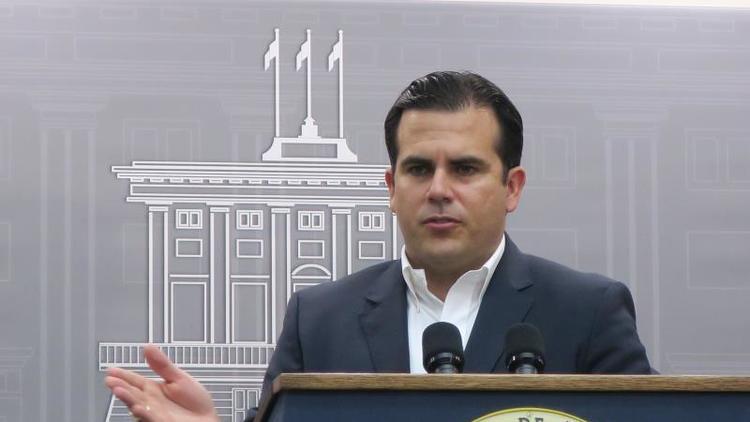 Gobernador de Puerto Rico reinaugura el hotel Caribe Hilton de San Juan