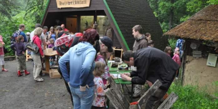 Engagiert für Natur und Umwelt: Freiwilliges Ökologisches Jahr auf der Erfurter Fuchsfarm
