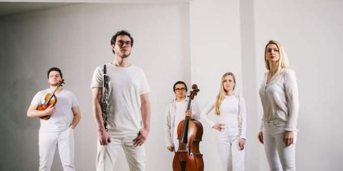 Ensemble via nova und Pluto's Tide Tanzprojekt gastieren in der Kunsthalle Erfurt