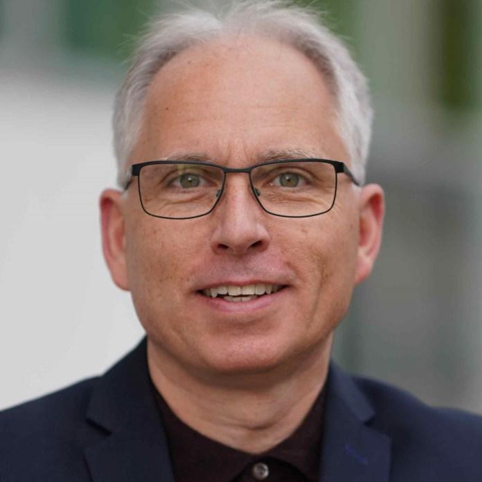 Prof. Dr. Tillmann Betsch