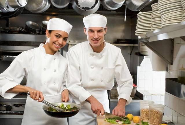 Polignano Bari Offerta Di Lavoro Per Personale Di Cucina