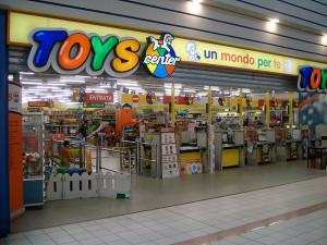 Toys Center, lavoro e tirocini