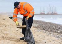 lavoro addetti pulizia spiagge