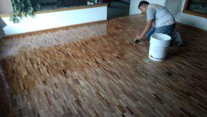 pulimos y barnizamos pisos de madera