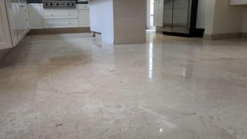 Anrillantado de piso de marmol