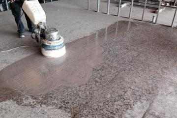 desbastado, pulido y abrillantado de pisos de marmol