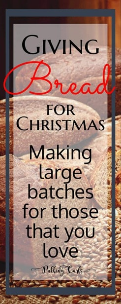 Giving bread for Christmas / baking / neighbor gifts / sharing / presents via @pullingcurls