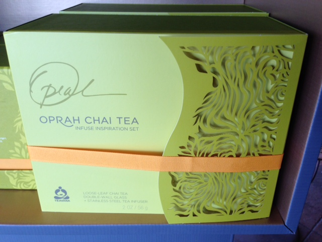 Oprah Chai Tea Set Exterior