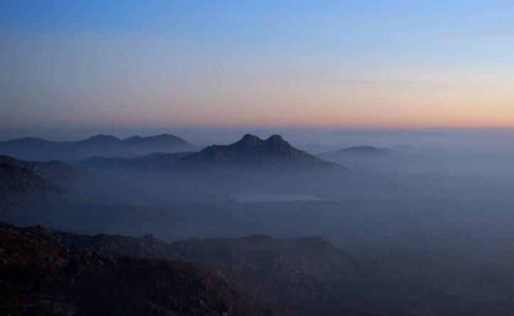 skandari-hills