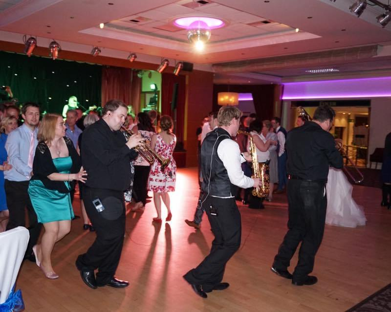 pulse wedding band ayrshire live brass section conga line seamill 21-06-15