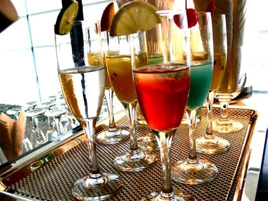 Pulse Wedding Band Edinburgh, Glasgow, Ayrshire - Dundas Castle Drinks Tray Image