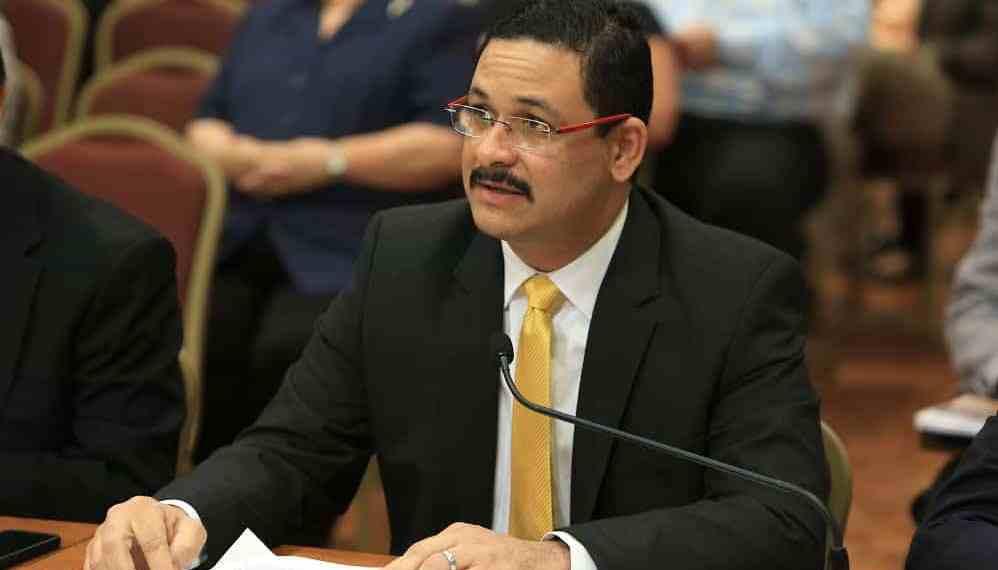 Justicia refiere al FEI caso de becas presidenciales