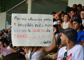 Movimiento Estudiantil en Mayagüez apela al futuro de próximas generaciones