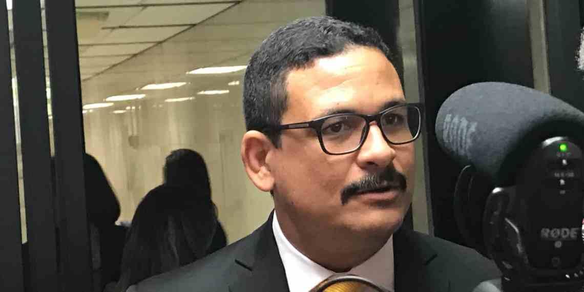 Radican cargos contra expresidente y exrector de la UPR