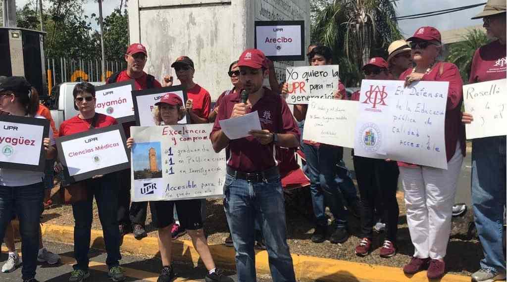 La APPU se manifiesta frente a las oficinas de la administración central de la UPR