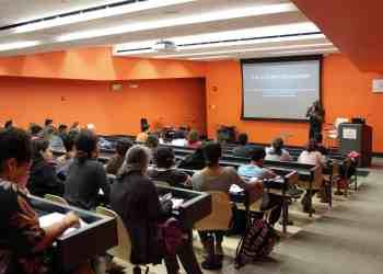 """El Centro para el Desarrollo de Competencias Lingüísticas lleva a cabo su """"open house"""""""