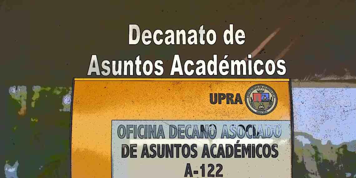 Estudiantes de UPRA toman clases en salones sin aires acondicionados