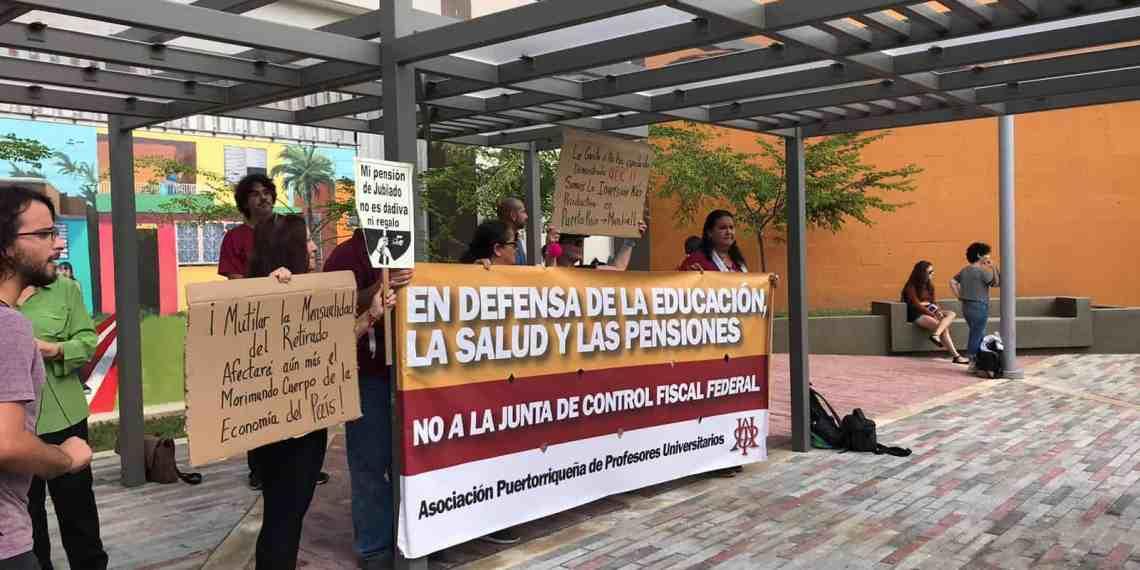 Miembros de la APPU protestan en inauguración de edificio en UPRA