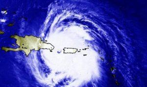 Un día como hoy, pero de 1998 un poderoso huracán George, de categoría 4, impactó la República Dominicana, ocasionando centenares de muertos, miles de heridos y cuantiosas pérdidas económicas. Fuente externa. (Pie de foto e imagen desde portal http://hoy.com.do)
