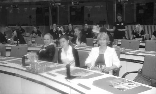 Tegoroczne maturzystki i ich opiekunka zasiadały w sali obrad Parlamentu Europejskiego. Był też czas na zwiedzanie, m.in. zabytkowej Brugii.