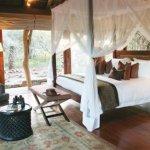 Pumba Msenge Bush Lodge  Chalet Private Room