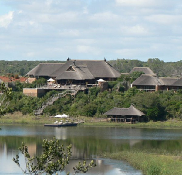 Pumba Water Lodge Lake View